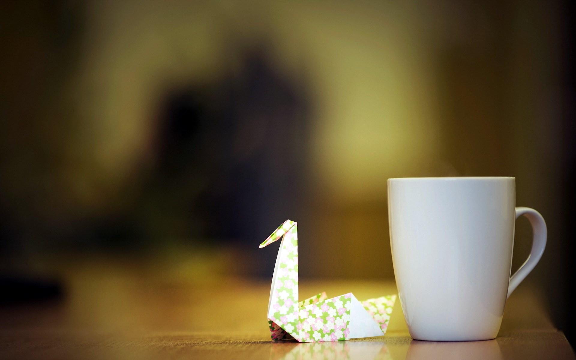 Crane Origame Cup Close-Up