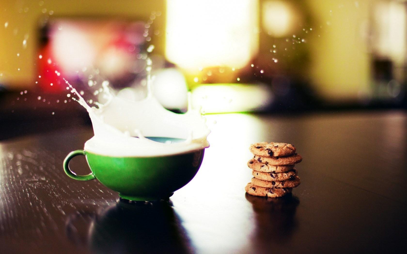 Cup Milk Splash Drops Cookies
