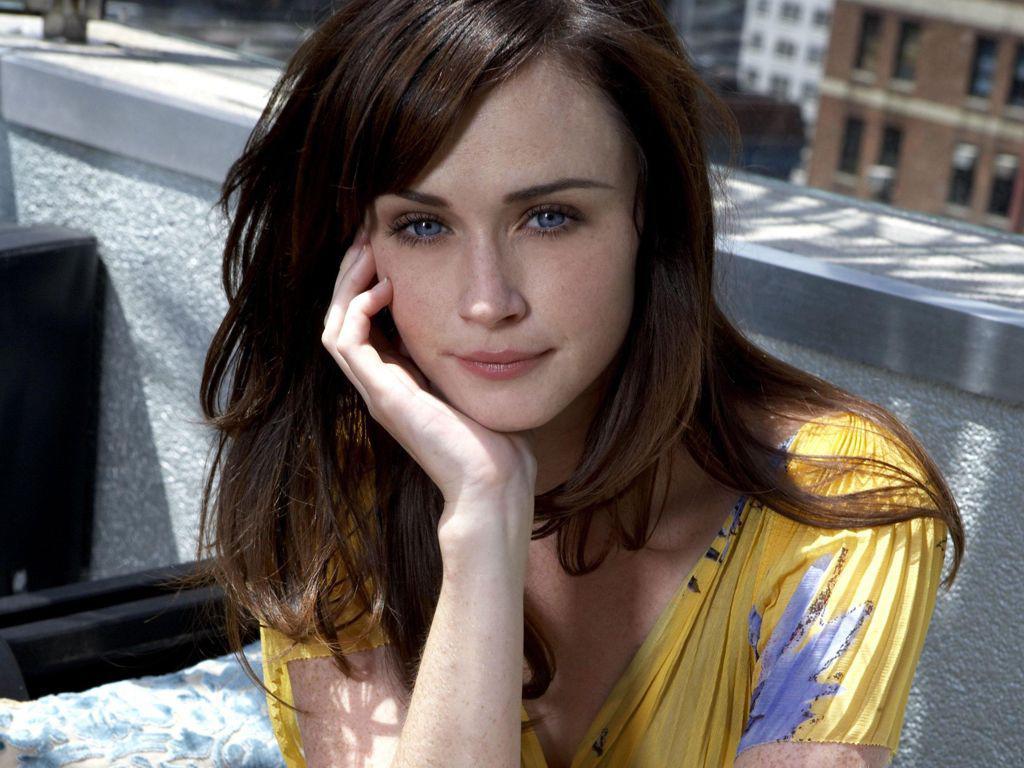 Cute Alexis Bledel