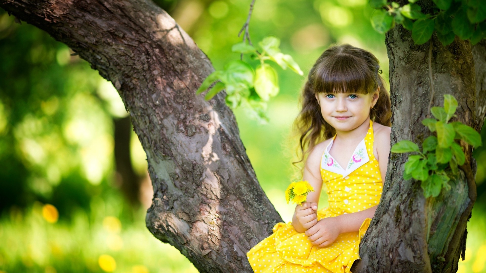Cute Baby Girl Wallpaper HD Free Download
