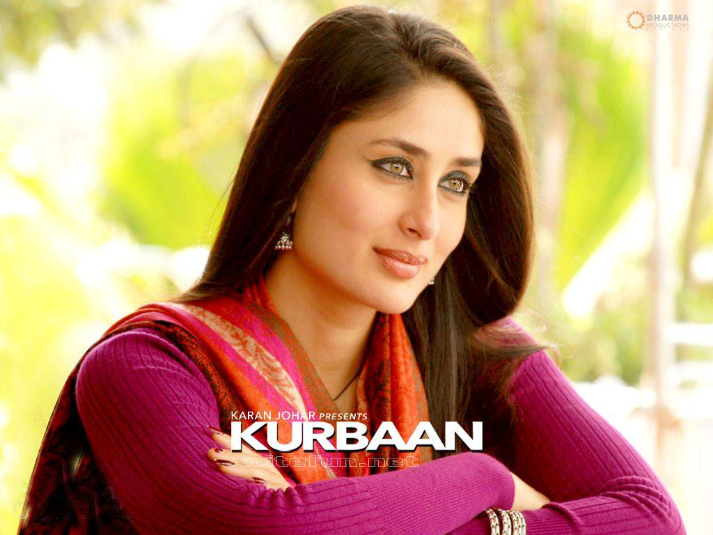 Kareena Kapoor New Cute Movie Wallpapers