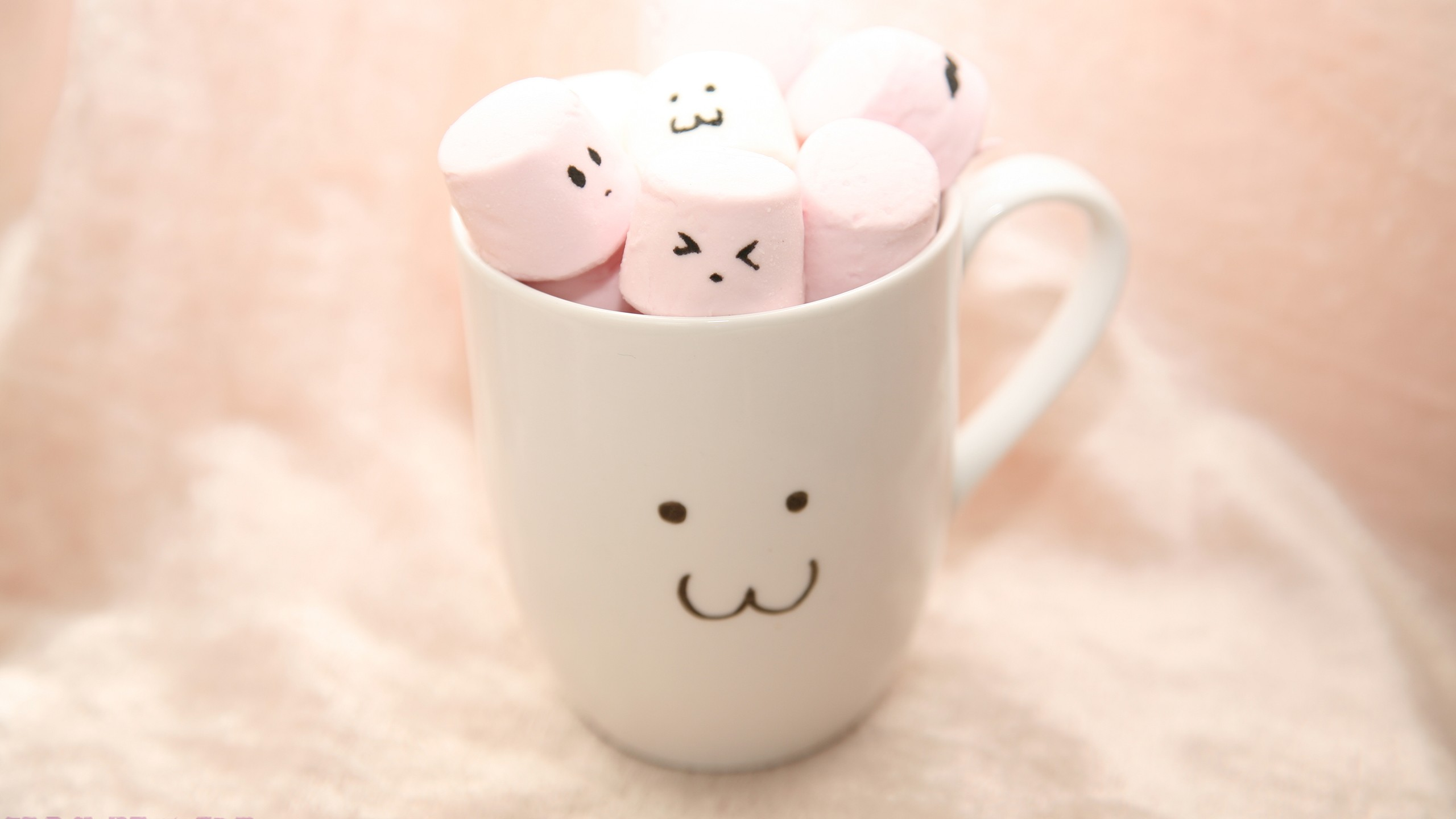 Cute Marshmallow Wallpaper