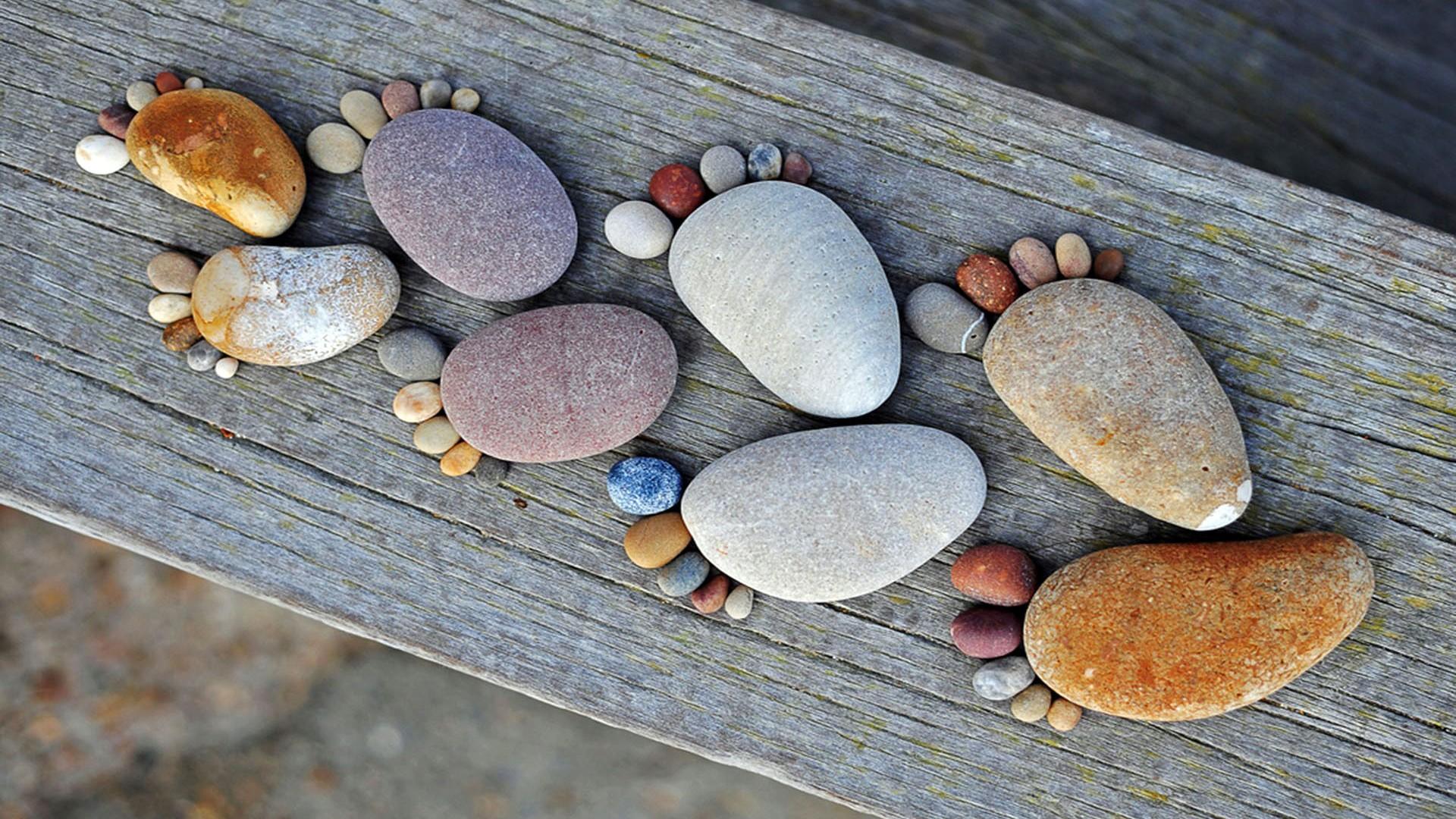 Cute Pebbles Wallpaper