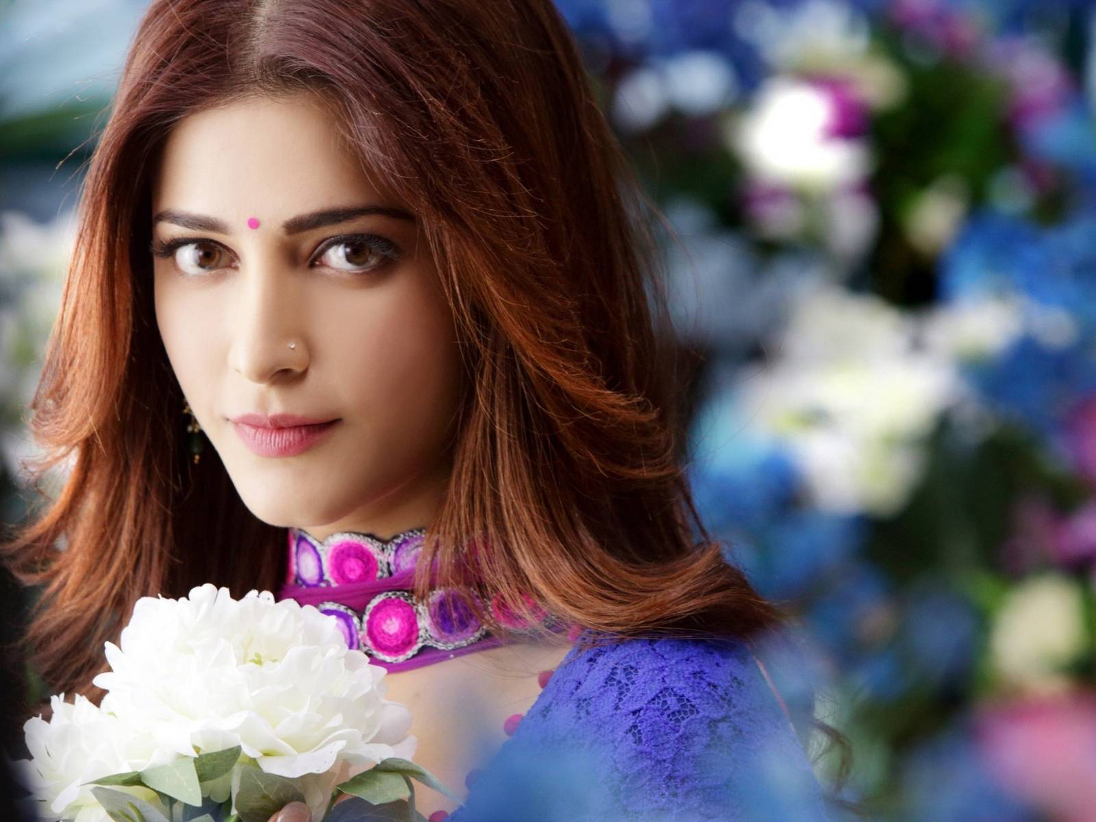 shruti hassan cute hd wallpapers