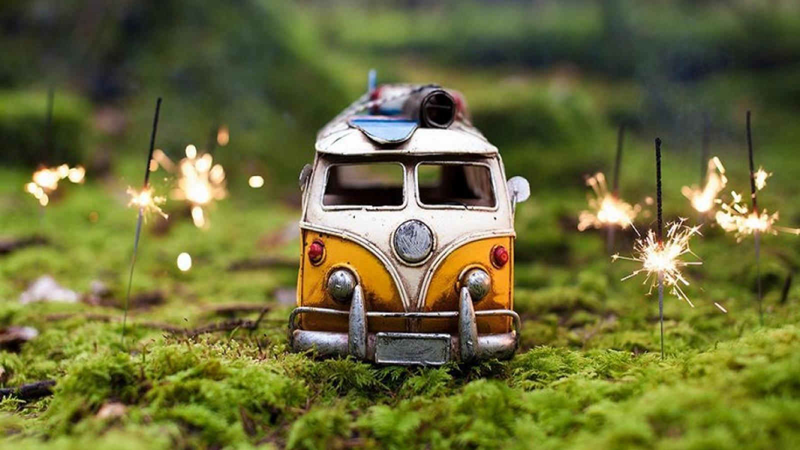 Cute Toy Car Wallpaper