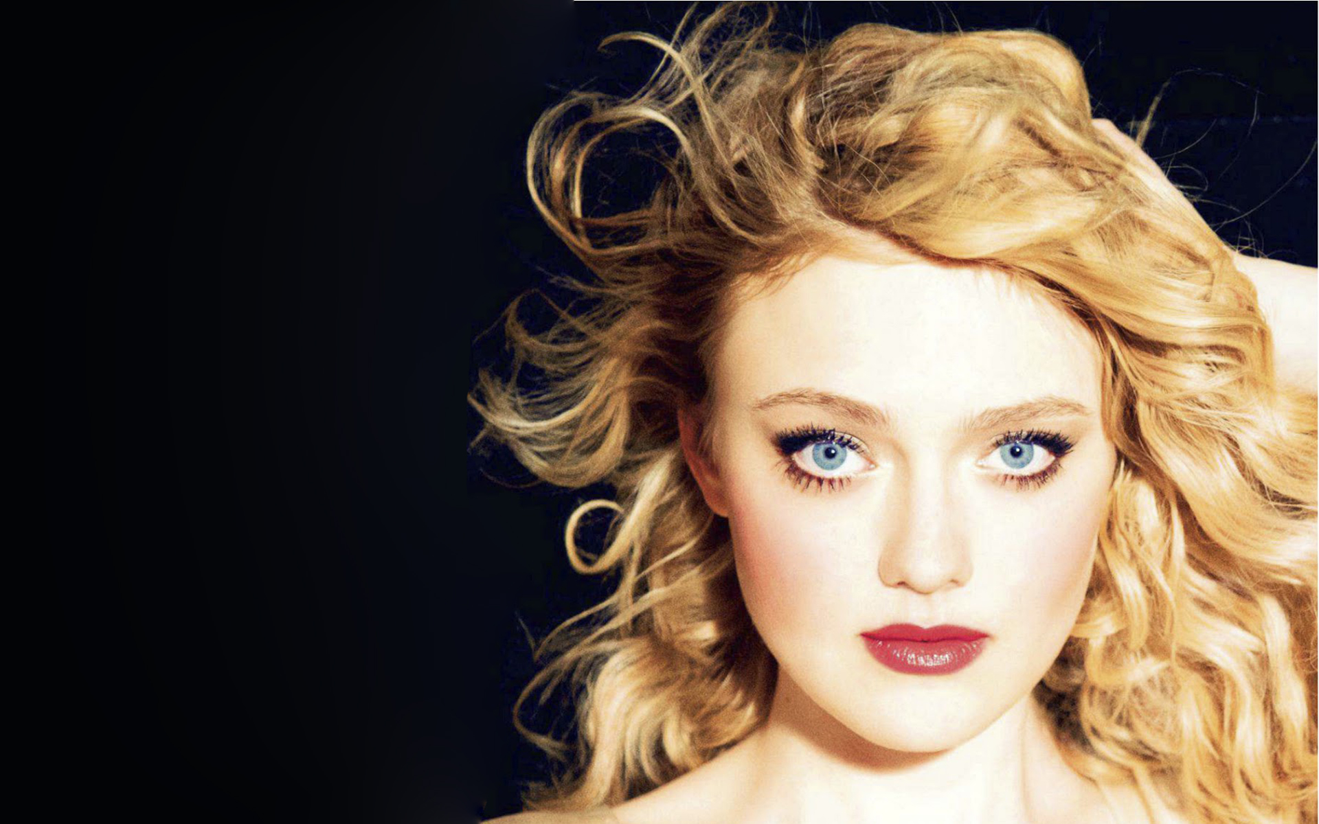 Dakota Fanning Wallpaper HD-2
