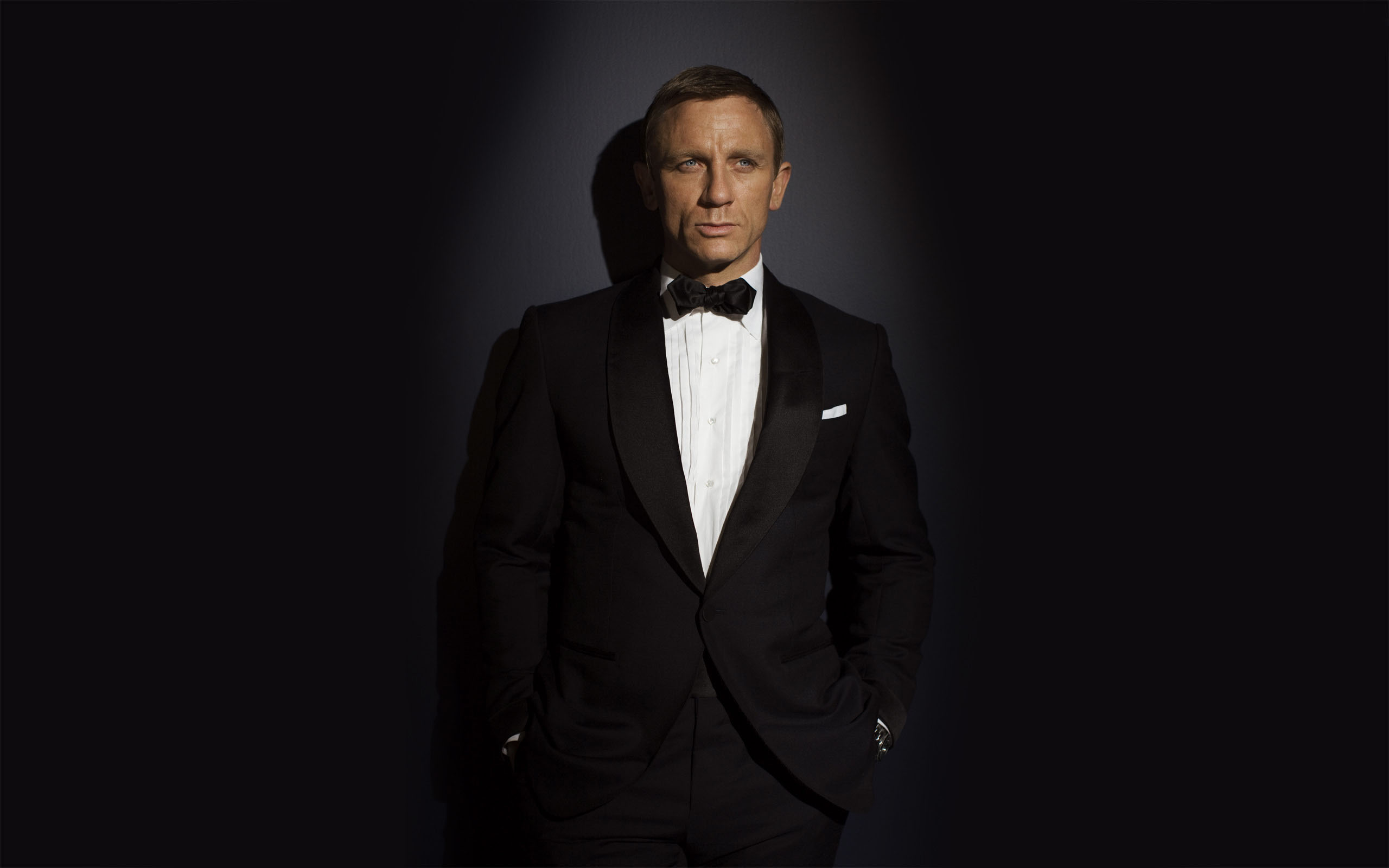 ... daniel-craig-wallpaper ...