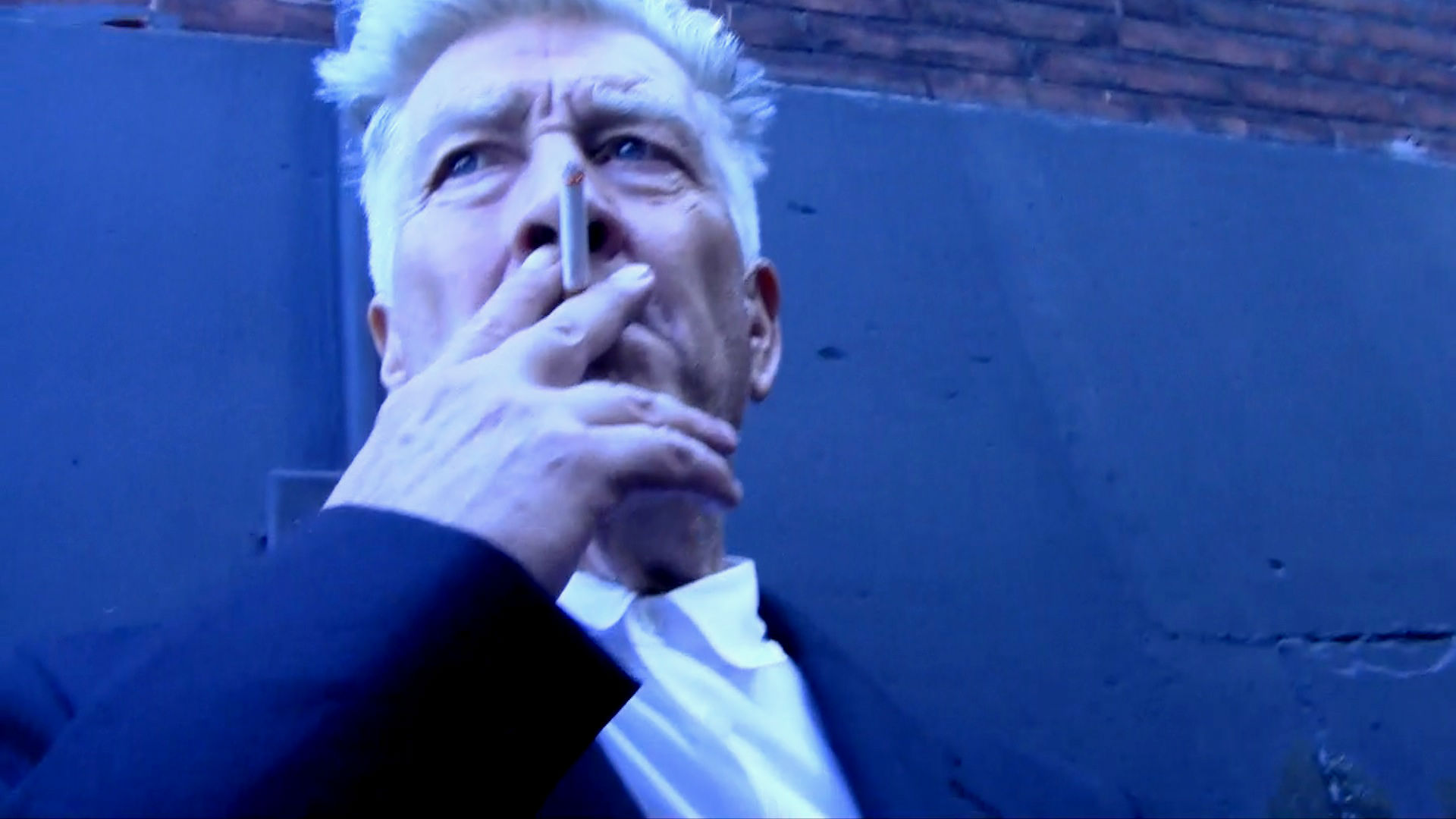 We know David Lynch as one of the most significant directors of our time whose mysteriously dark and surreal films have entered public consciousness.