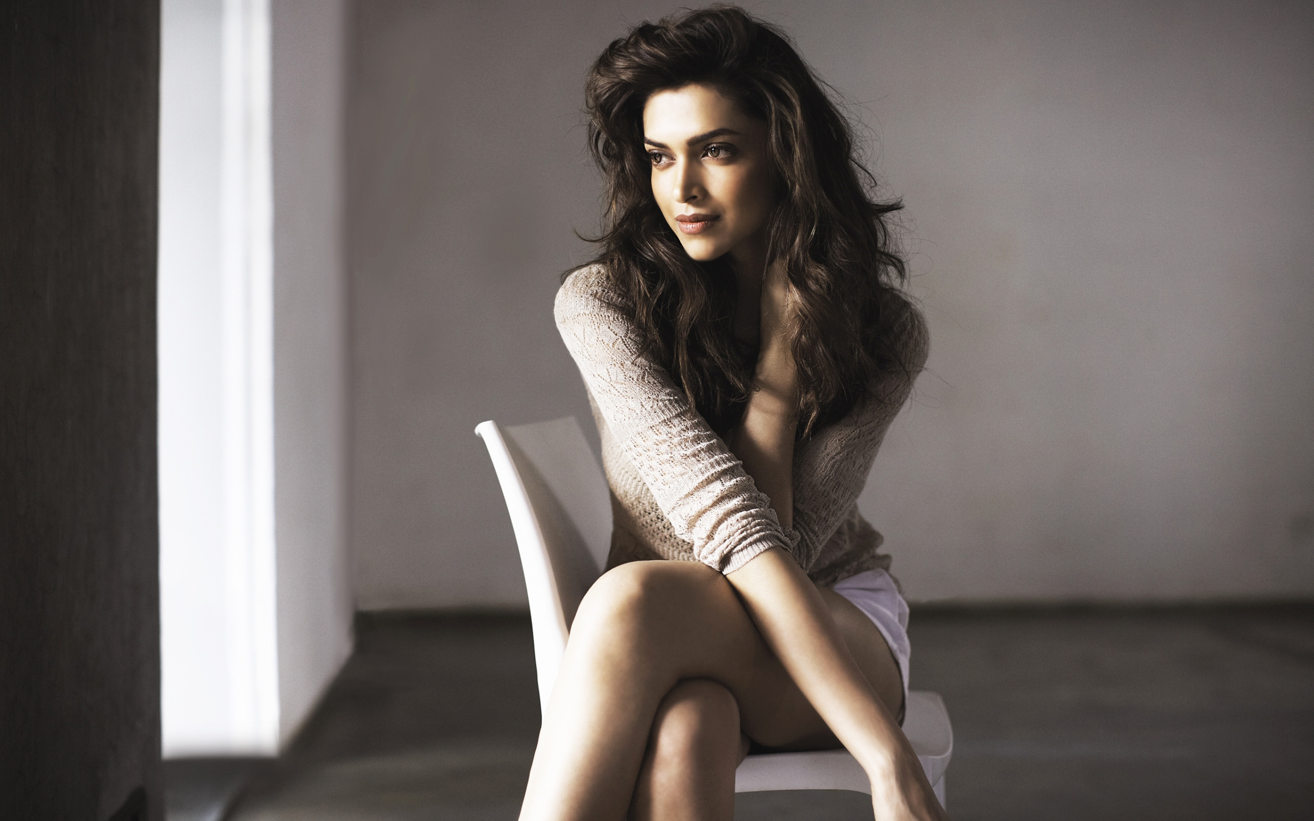 Deepika Padukone Hot Wallpapers