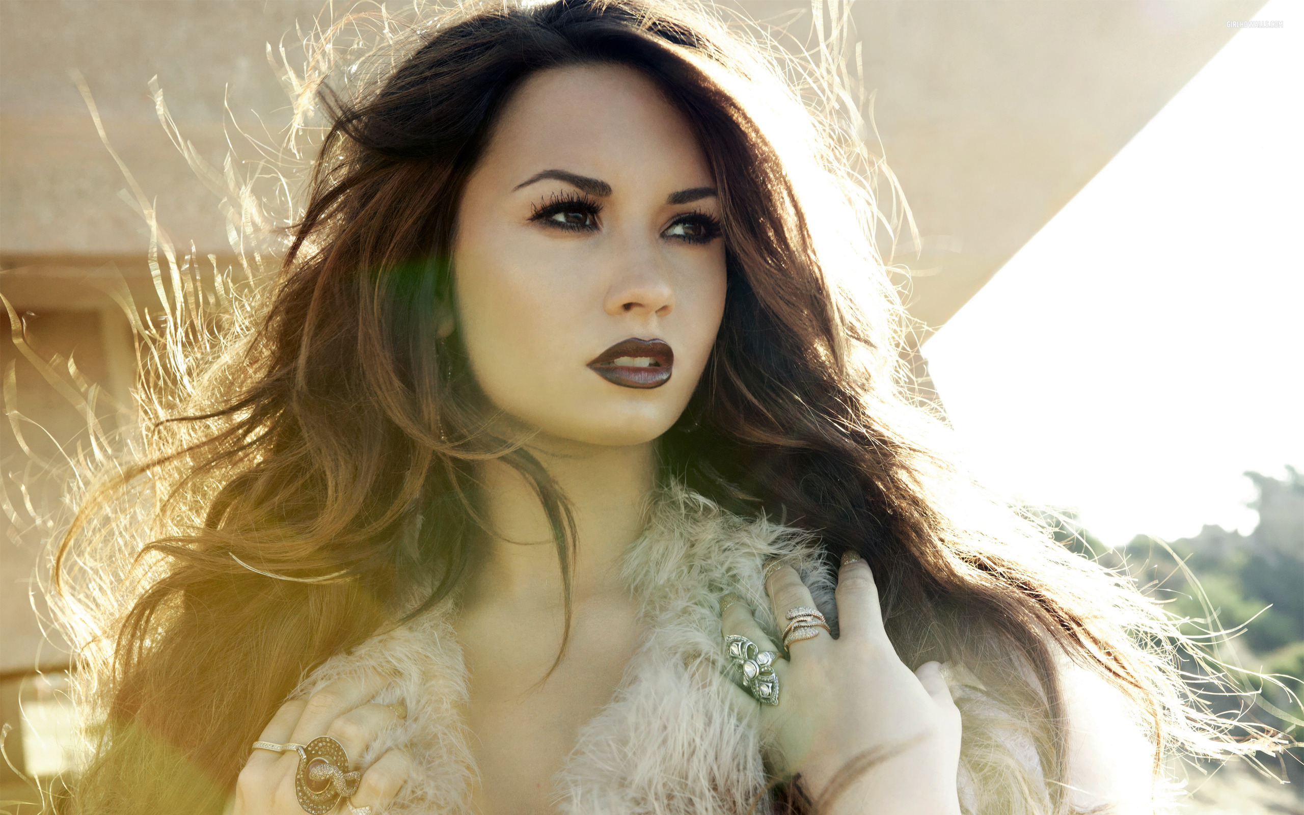 Awesome Demi Lovato Wallpaper