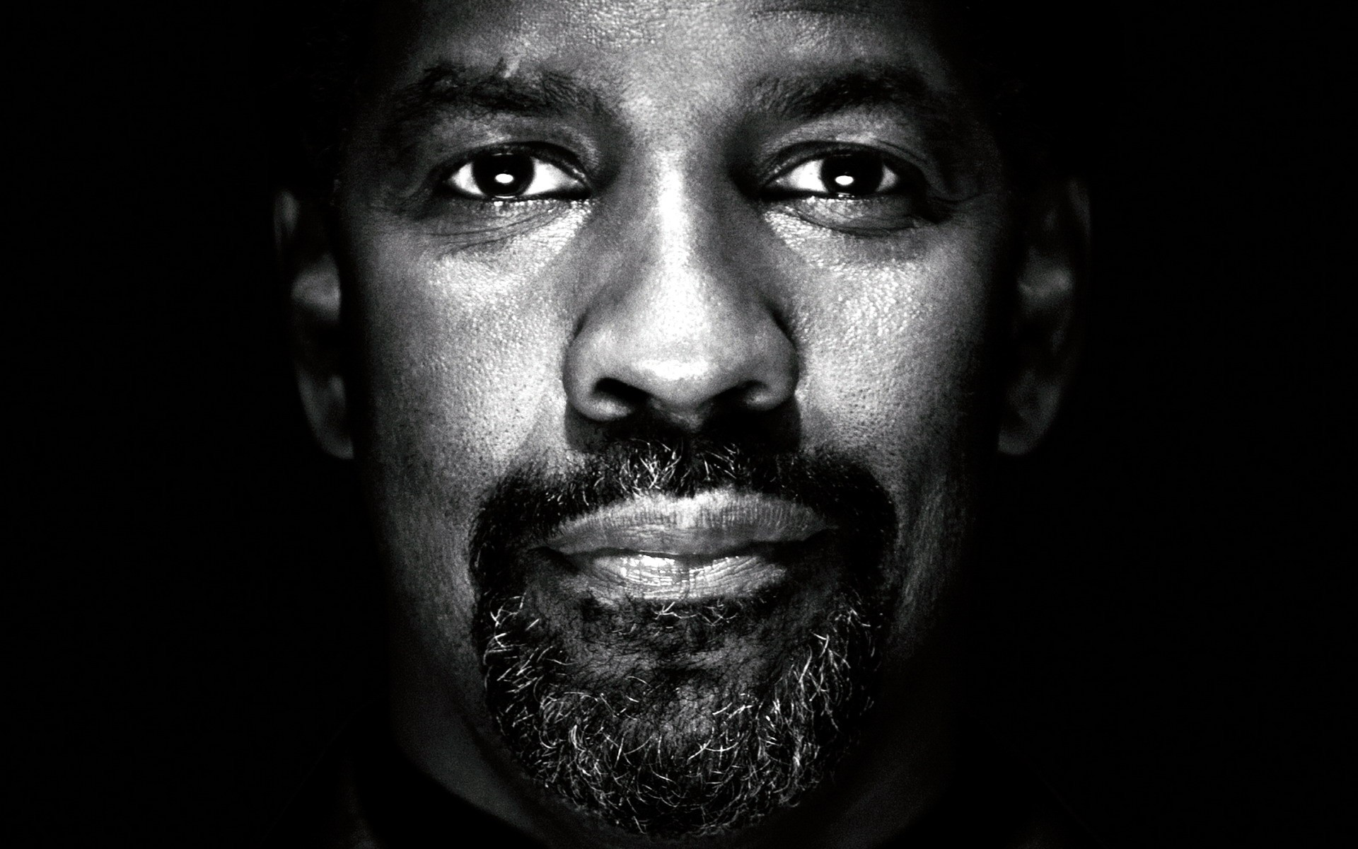 Sony Hack: Studio Warned Not to Cast Denzel Washington Due to His Race - Breitbart