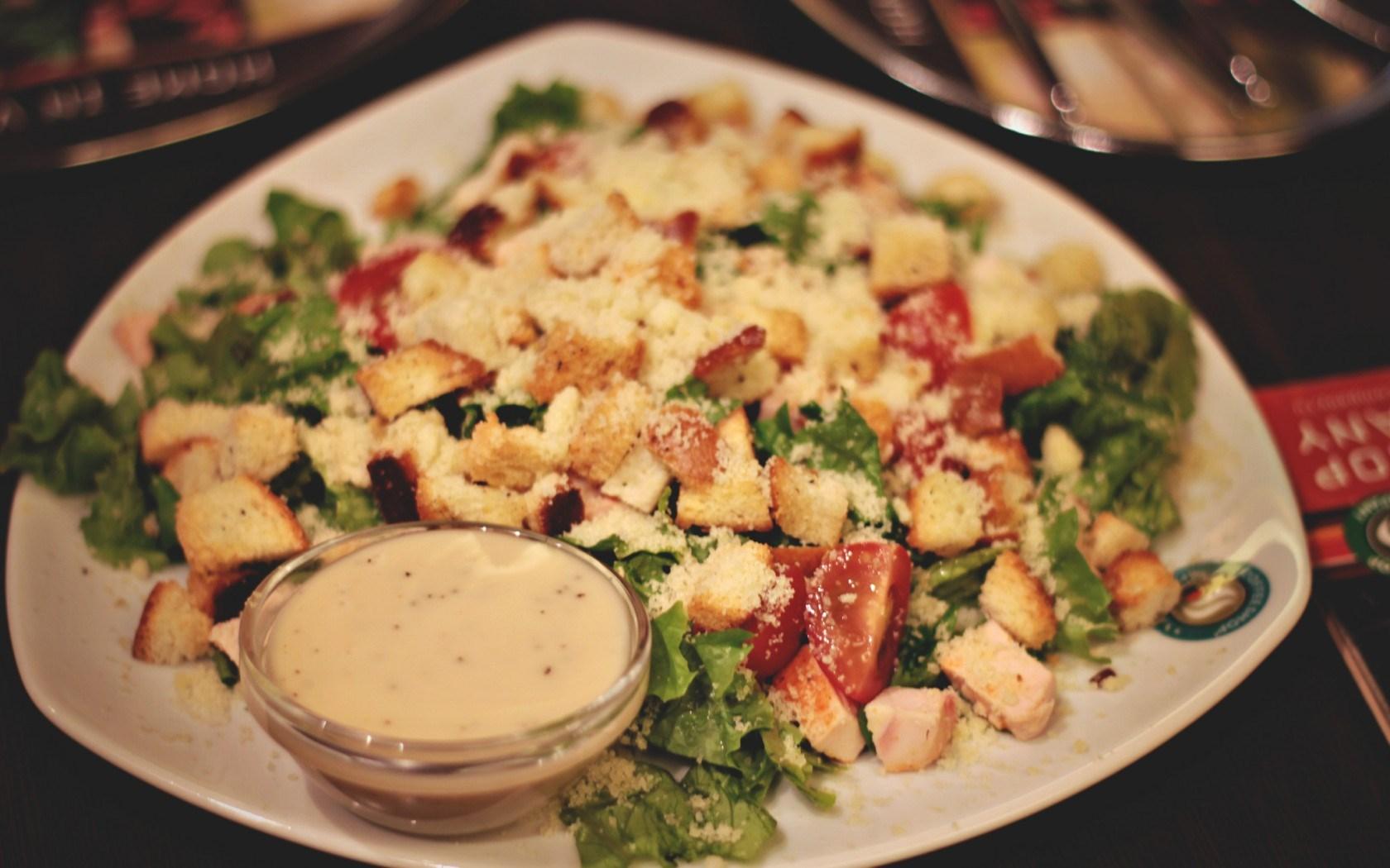 Dish Salad Chicken Tomatoes Food