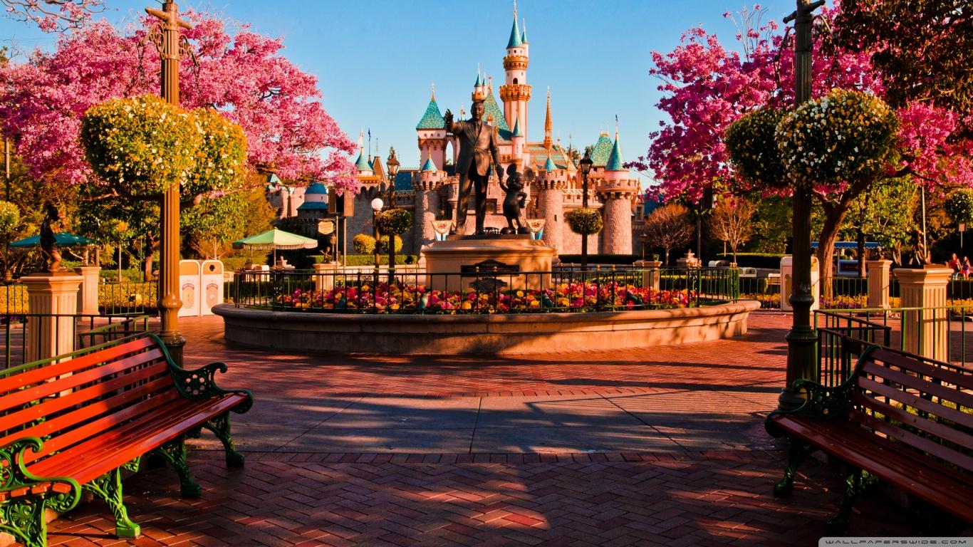 Disneyland Wallpaper