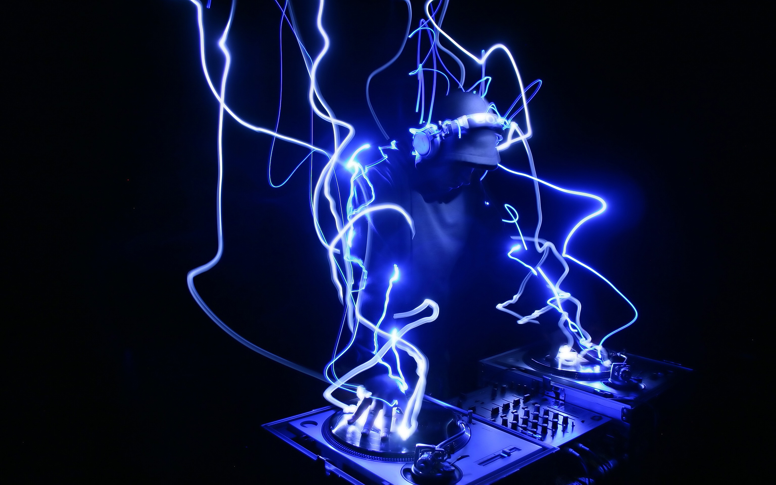 DJ Neon Lights