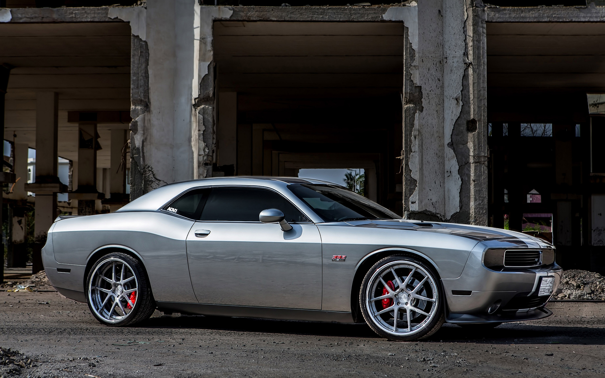 Dodge Challenger ADV1