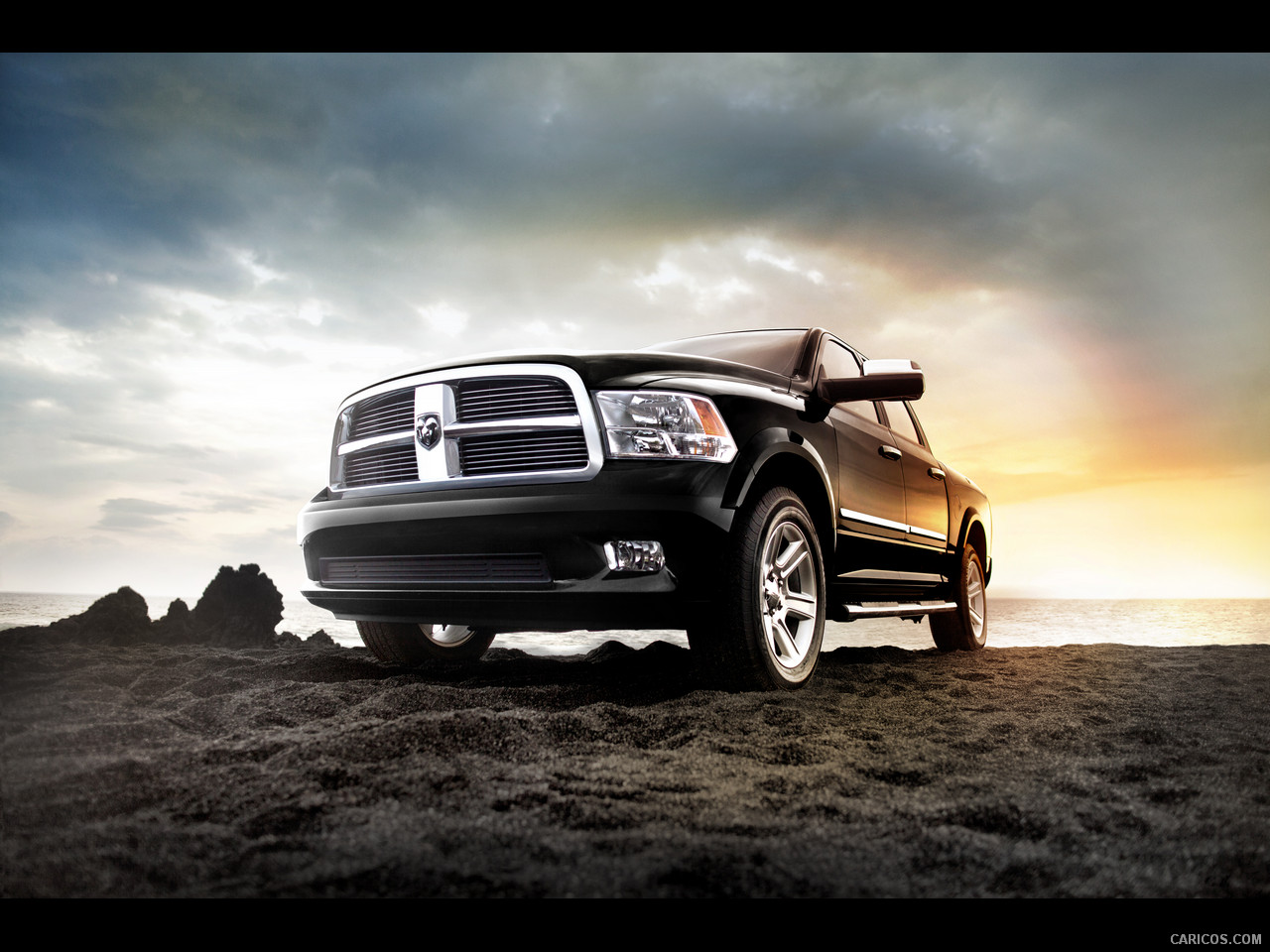 2012 Dodge Ram Laramie Limited - Front Wallpaper