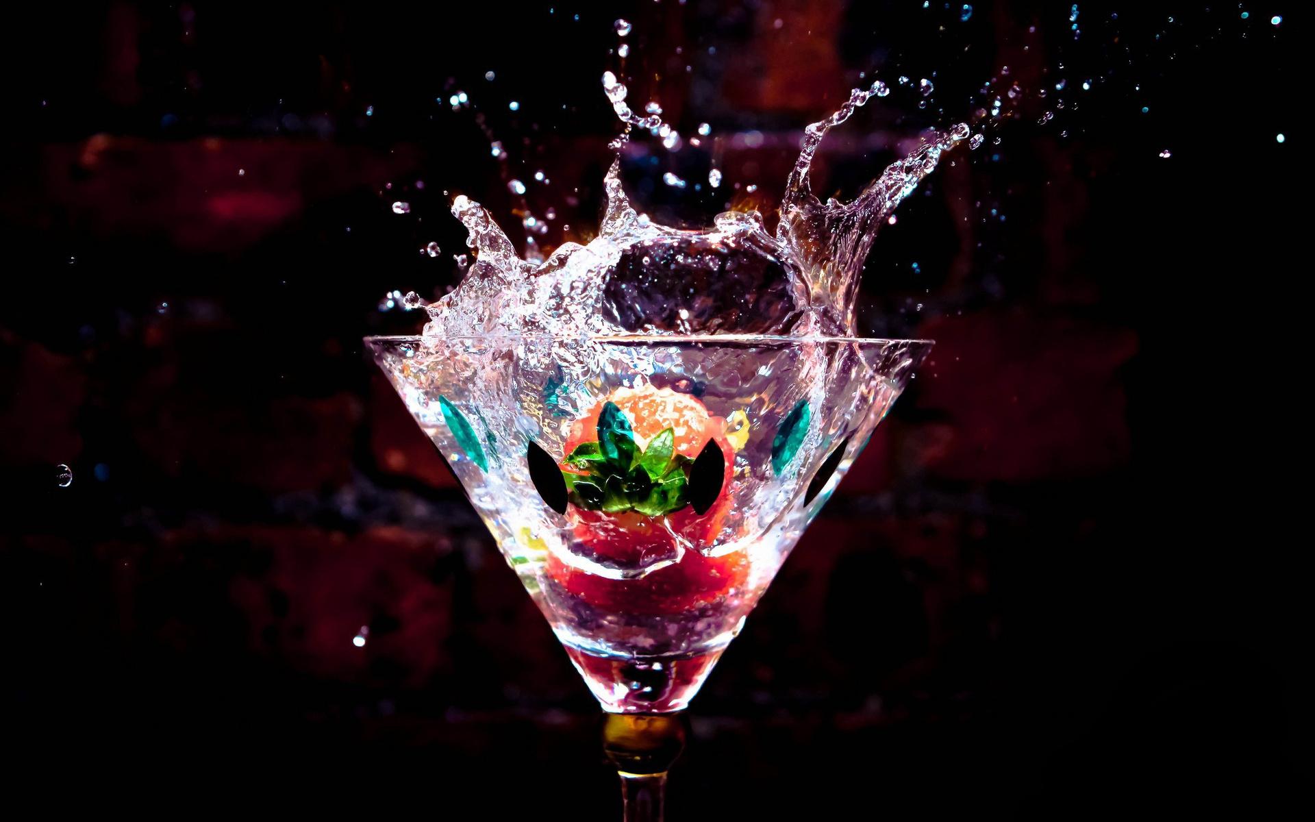 Drink Splash Wallpaper 45097