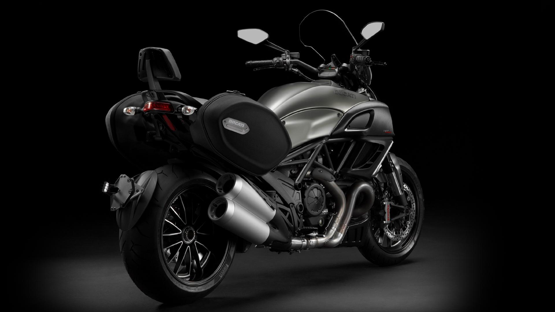 Ducati Diavel #4