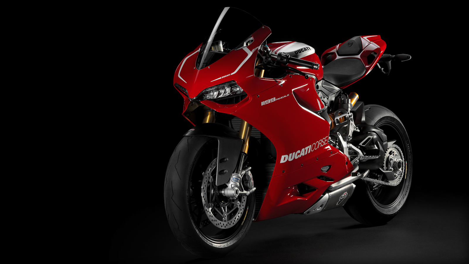 1199 Panigale: 5 moves to become the new and extreme standard of reference in sport bikes.