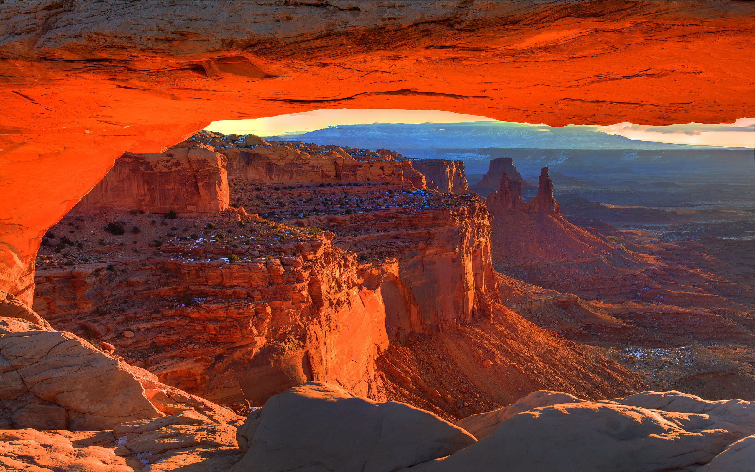 Related For Dyrholaey arch iceland. Mesa arch