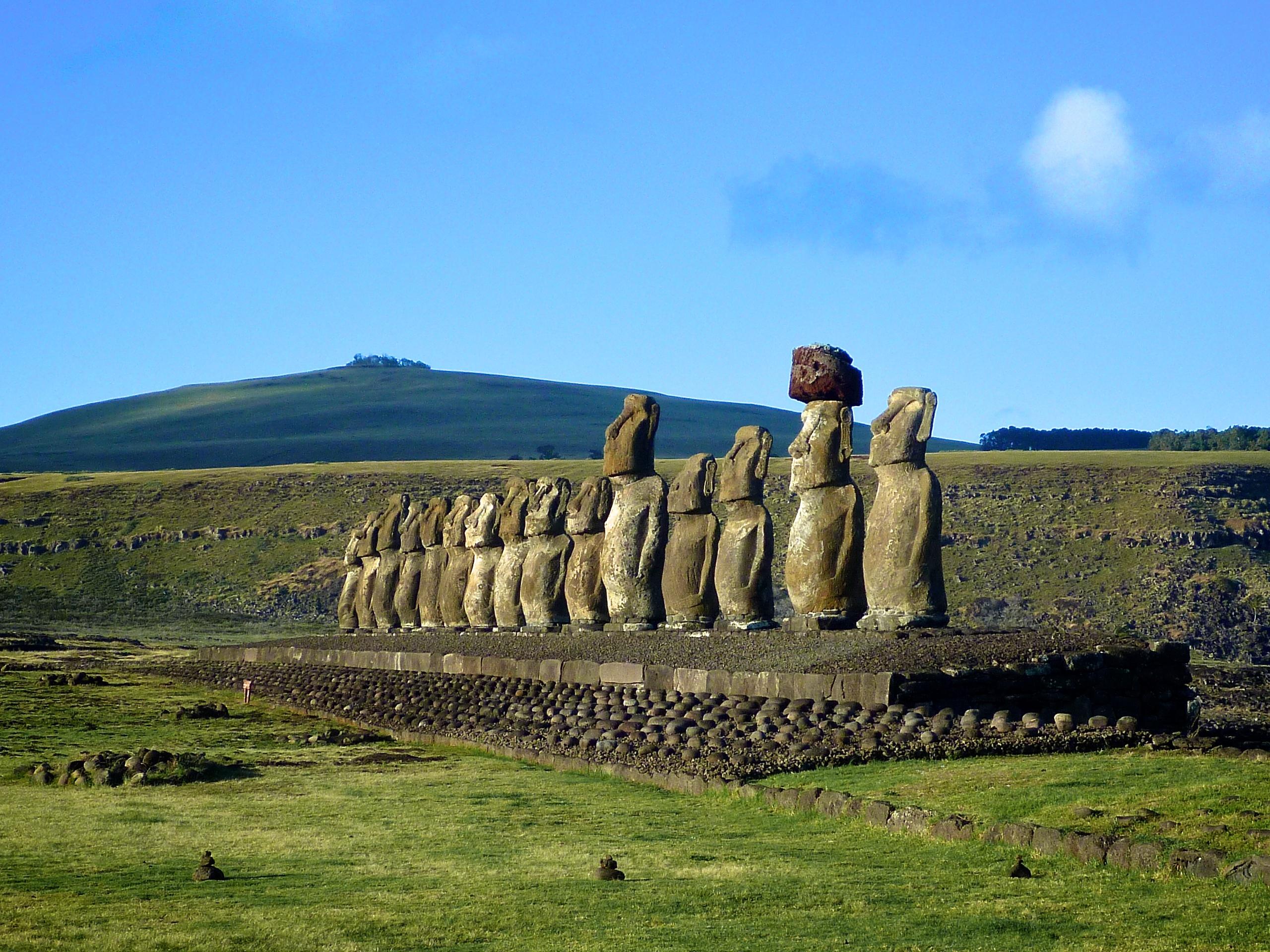 Albums: Rapa Nui -- Easter Island, Rapa Nui -- Easter Island Location: Easter Island, CHILE