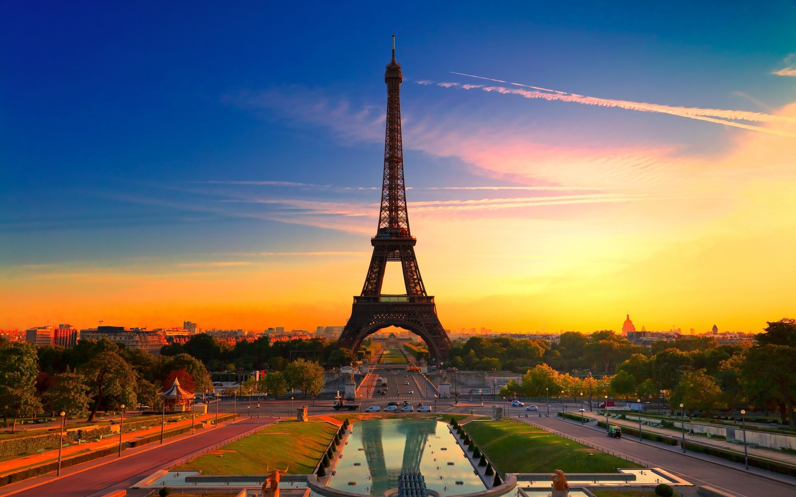 Paris Eiffel Tower at Sunset (click to view)