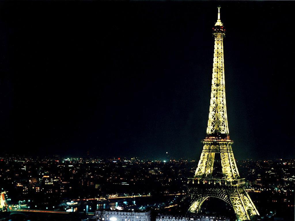 Night Hd Eiffel Tower Wallpapers Fantasy Laser Attack
