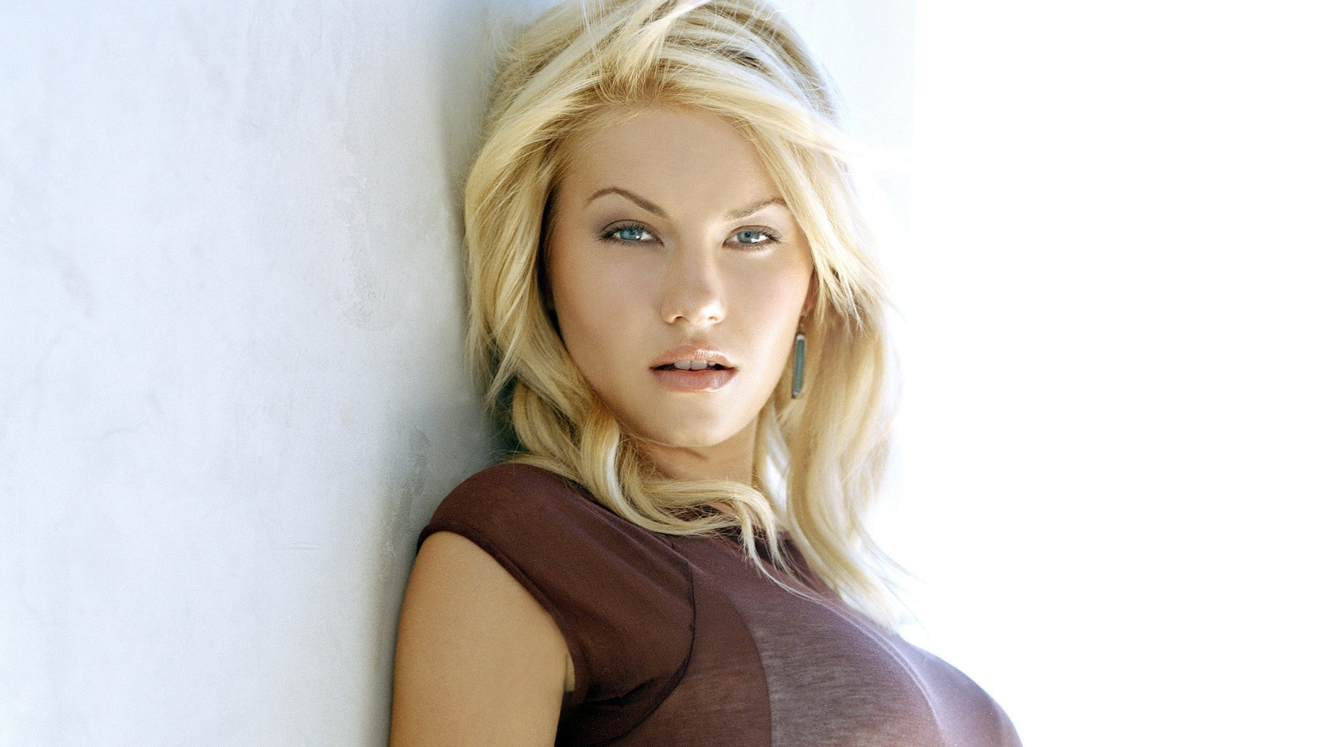Best Colors For 2017 Elisha Cuthbert Wallpaper 1920x1080 49344