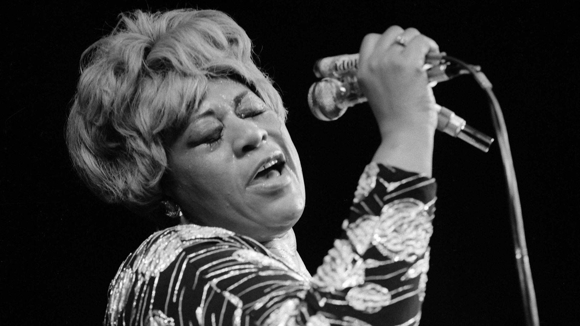 Ella Fitzgerald backdrop wallpaper