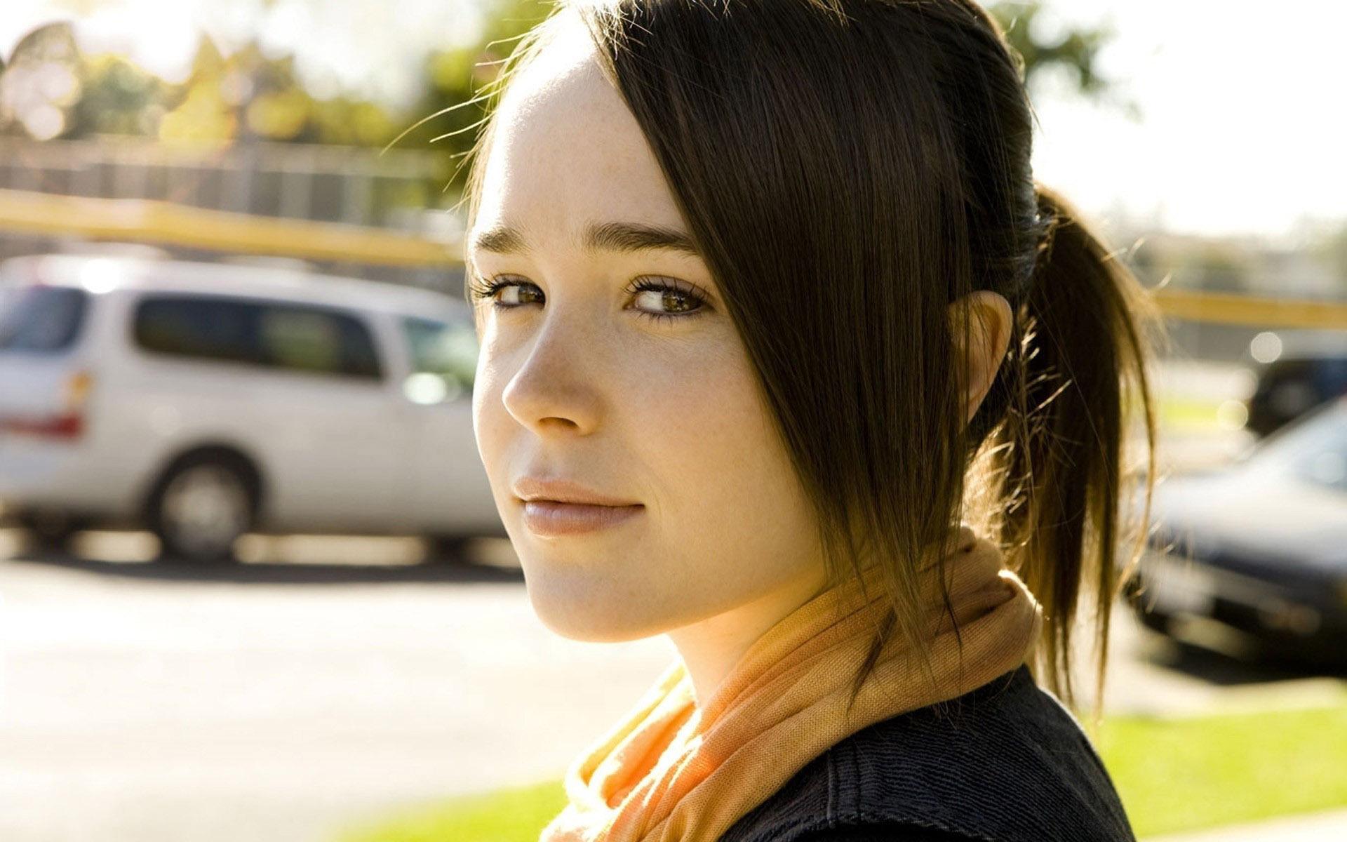 Ellen Page HD
