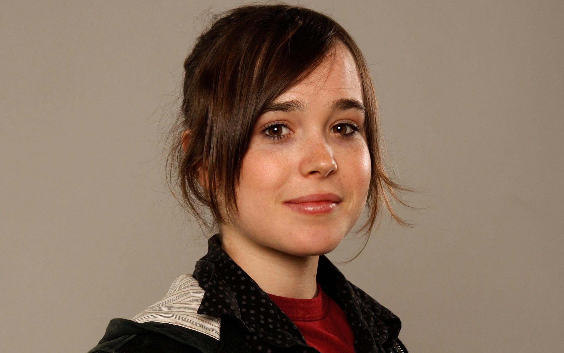 Ellen Page photo 2014