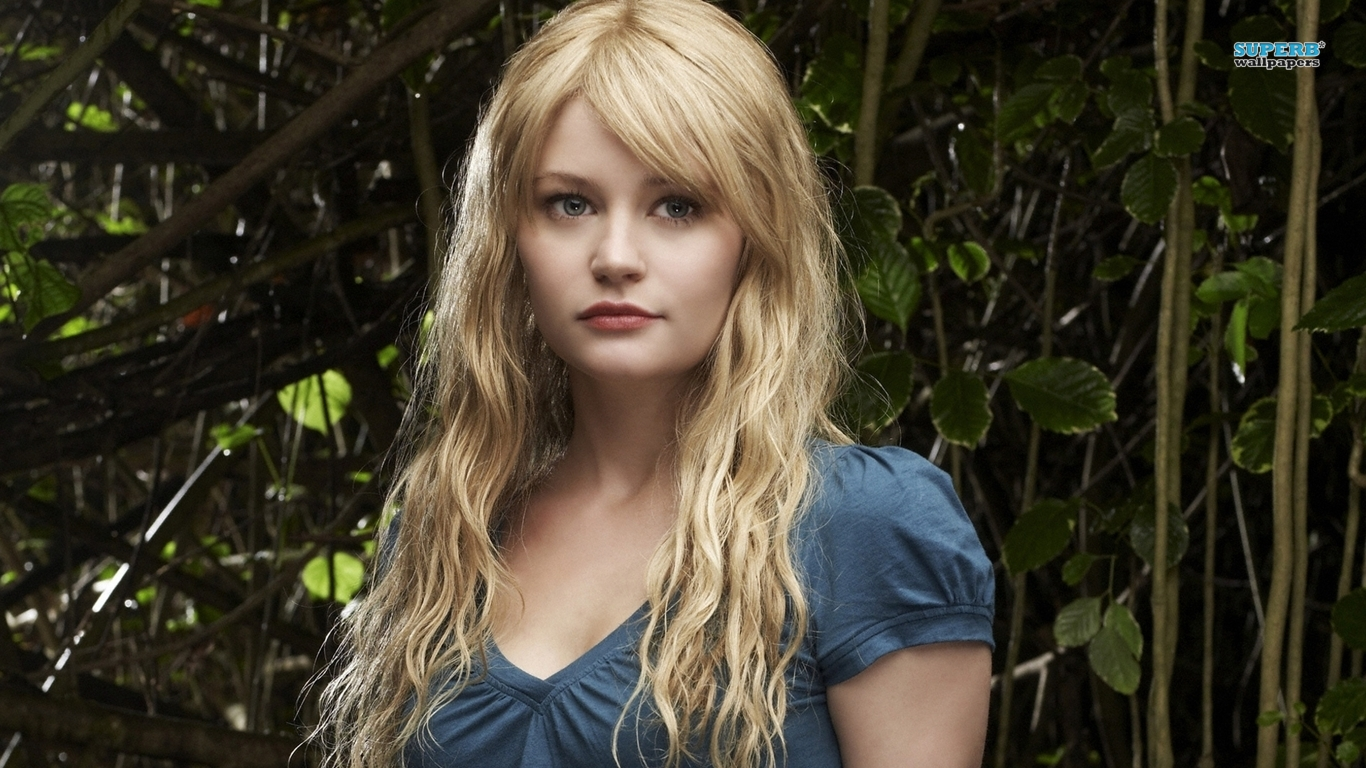 Emilie De Ravin Wallpaper