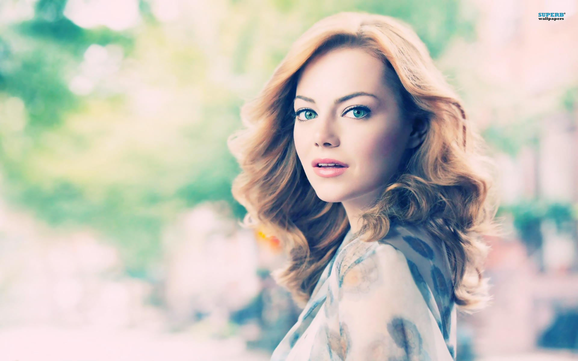 Emma Stone wallpaper 1920x1200 jpg