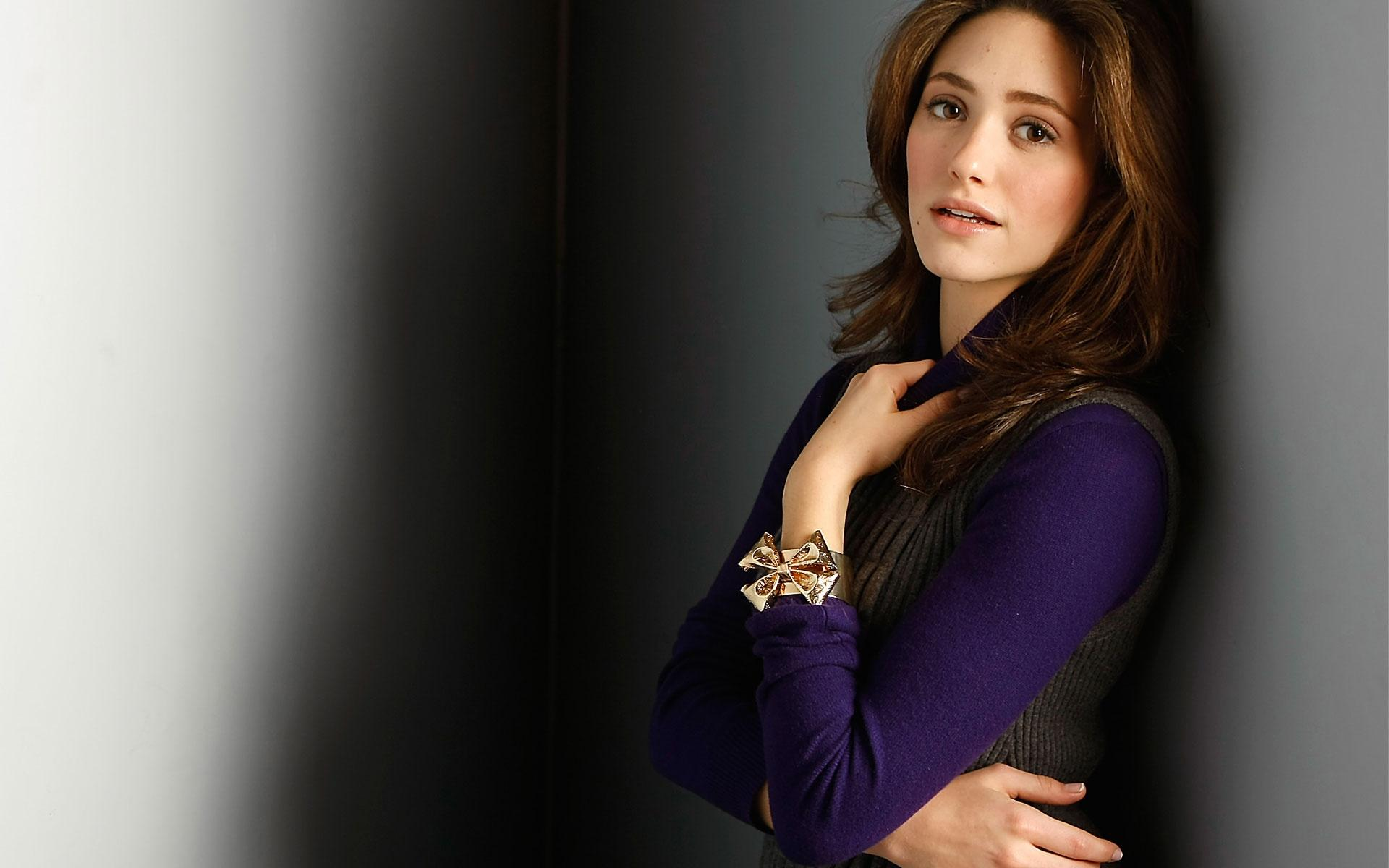 emmy rossum high quality photos