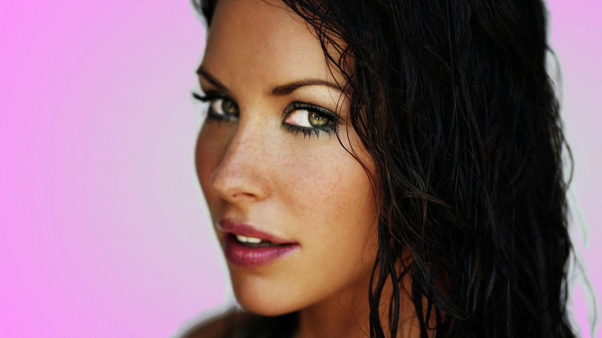 Evangeline Lilly Actress Girl Portrait