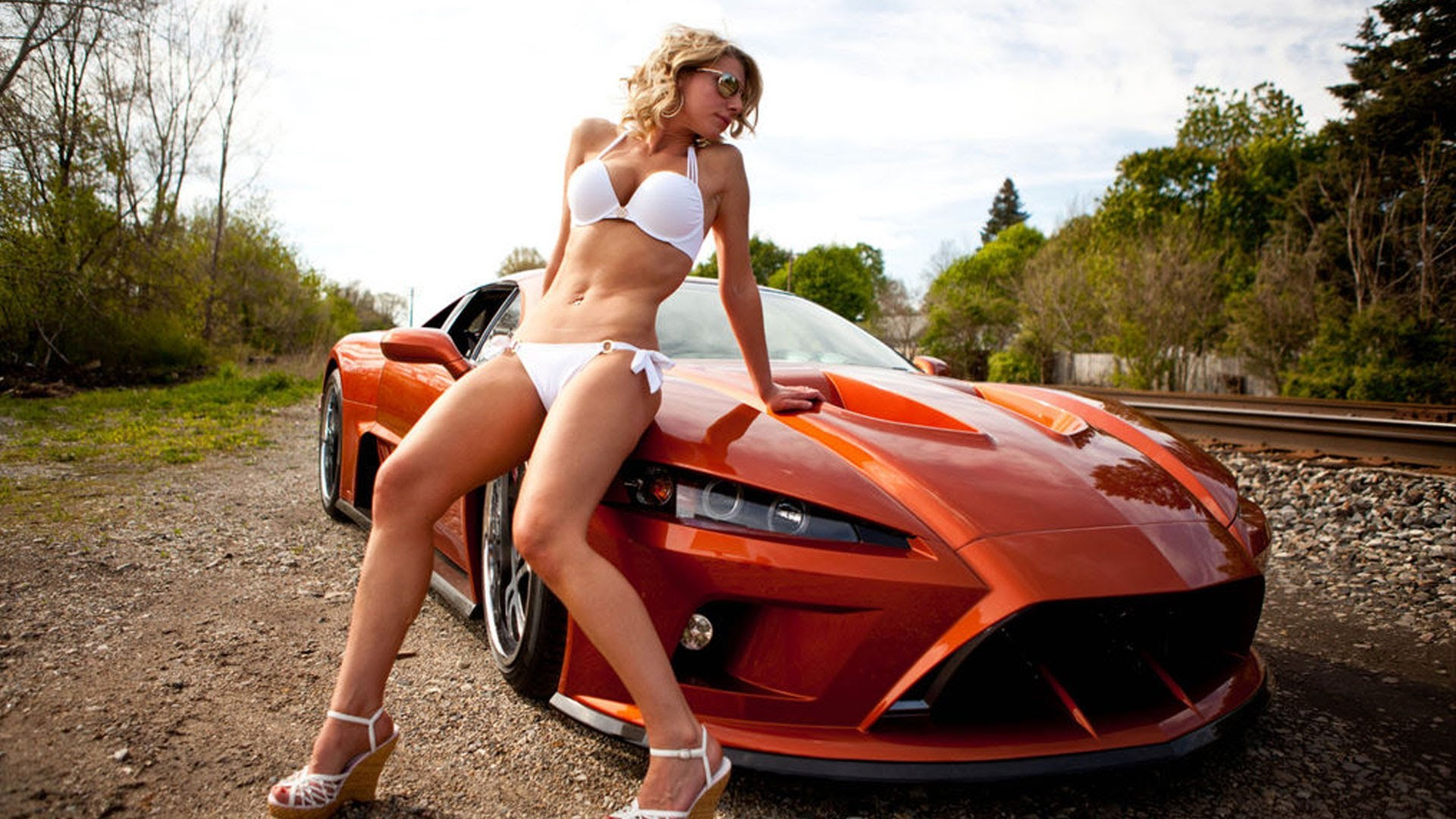 Top 10 American Exotic Sports Cars 2013