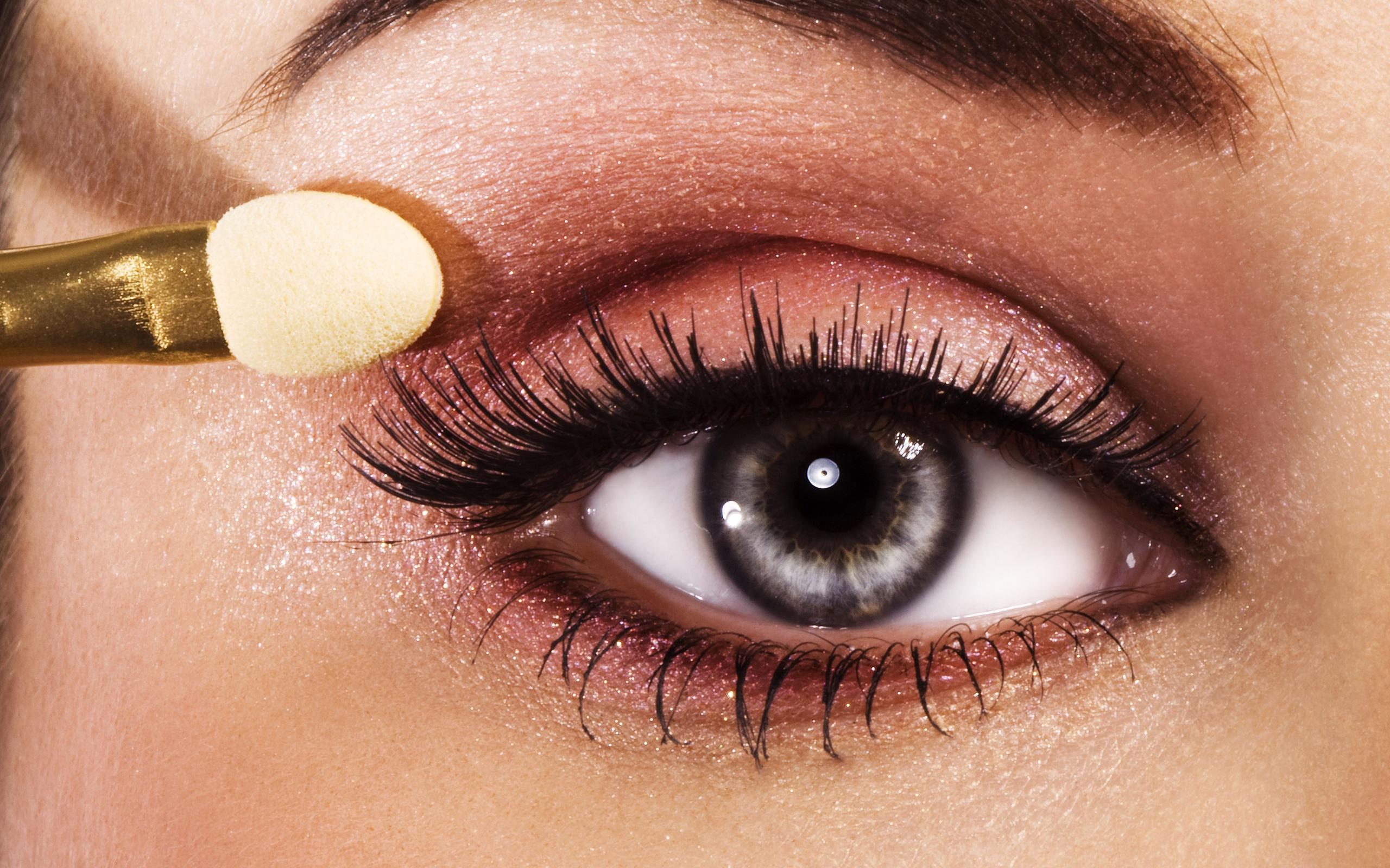 Beautiful Eye Makeup Tips