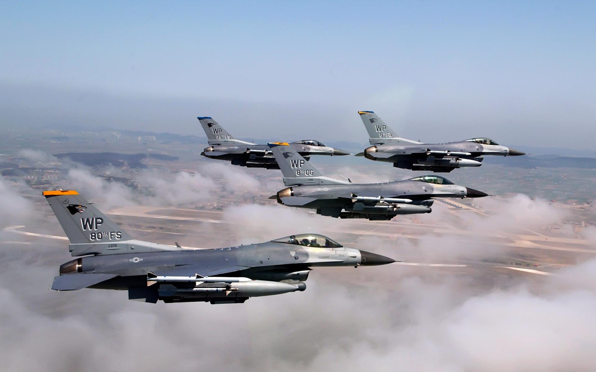 F16 falcons
