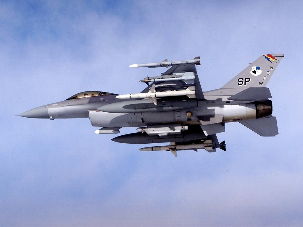 F16 Pictures