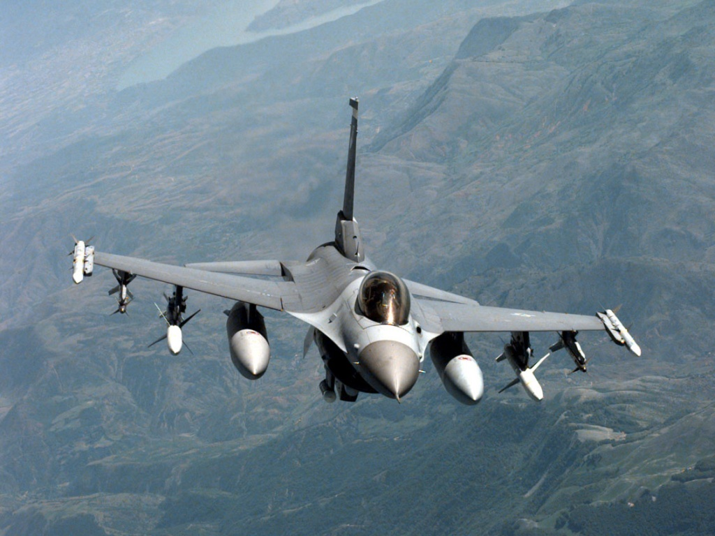 aircrafts military f-16 falcon f16