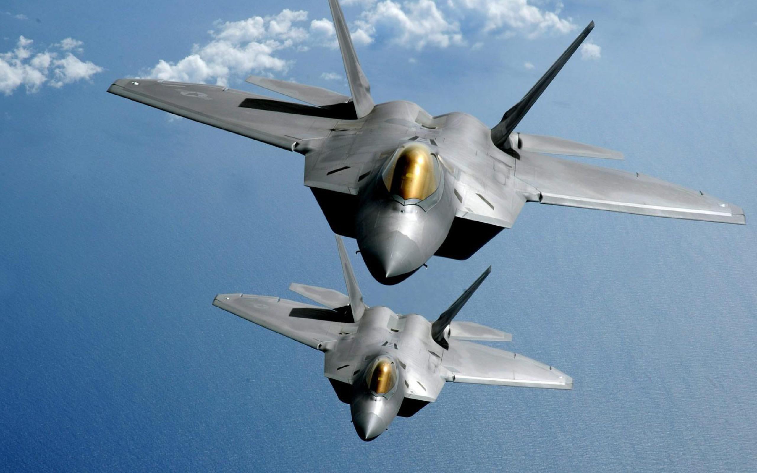 F22 Tandem Flight