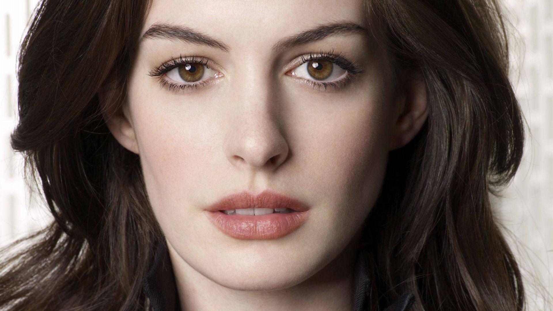 Anne Hathaway Face Hd