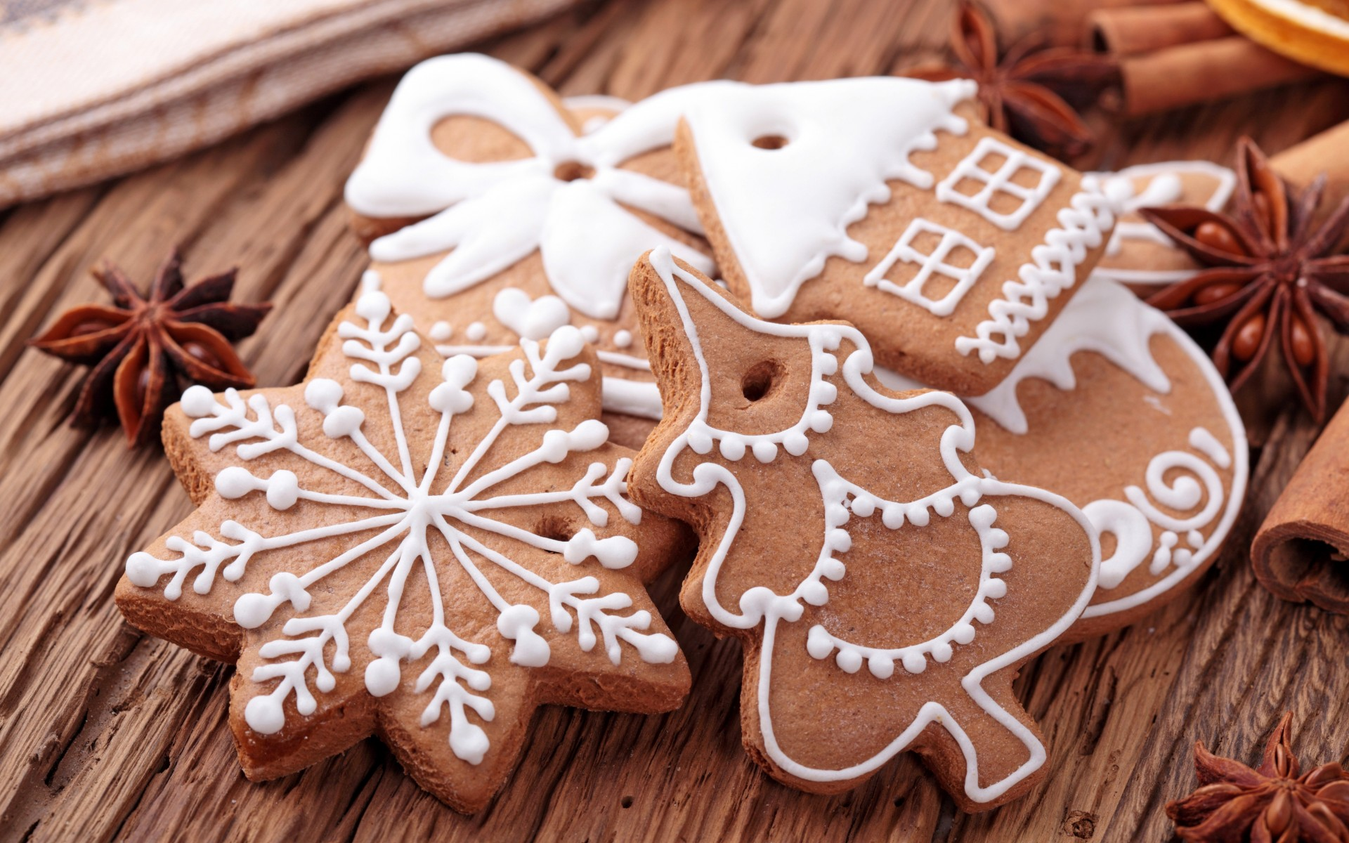Fantastic Christmas Cookies Wallpaper 40514 1920x1200 px