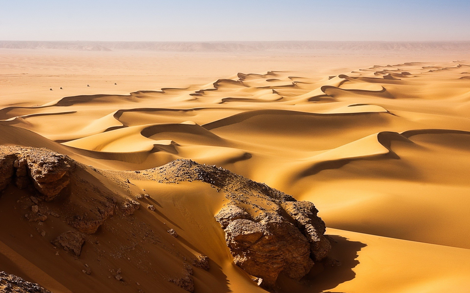 Fantastic Desert Sand Wallpaper
