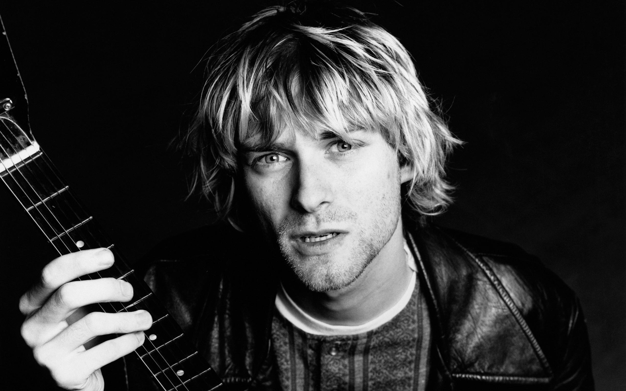 Fantastic Kurt Cobain Wallpaper 40924 2560x1600 px