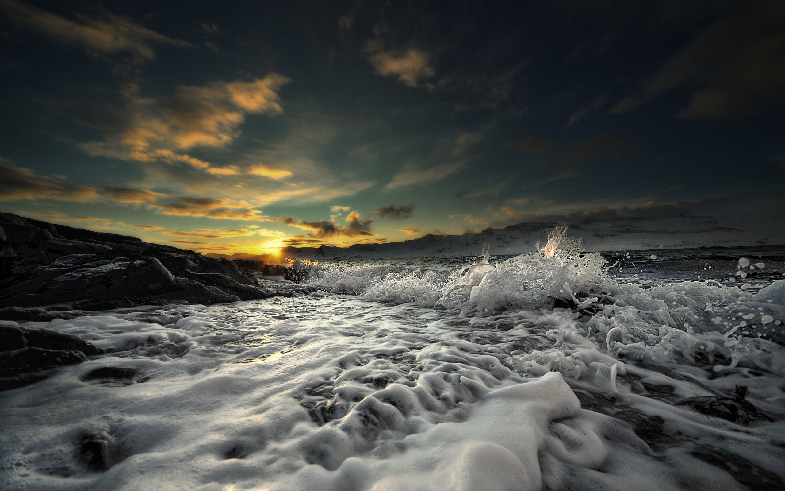 Fantastic Sea Foam Wallpaper