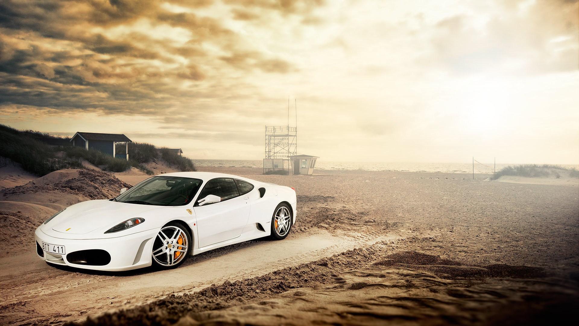 Fantastic White Ferrari Wallpaper