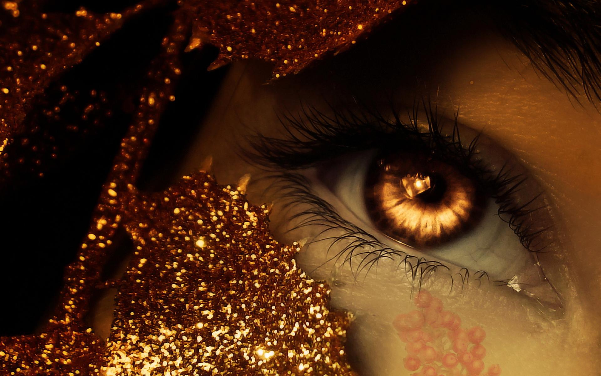 Fantasy eye tear