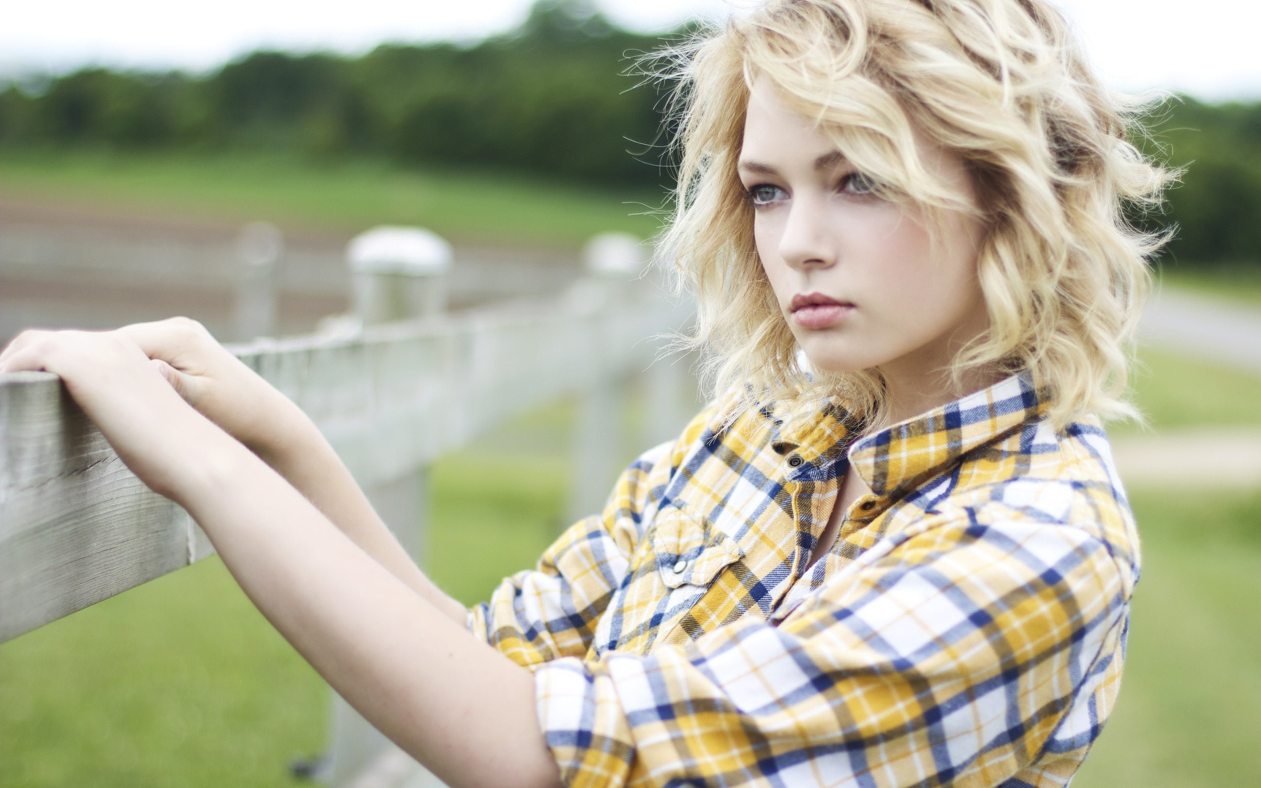 Fashion Model Hannah Duggan Girl