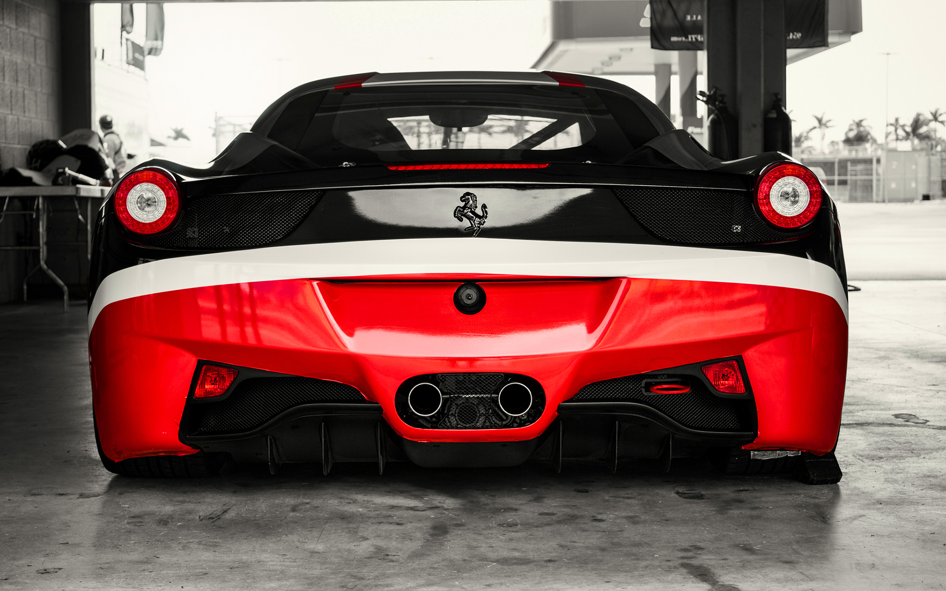 Ferrari 458 red black rear